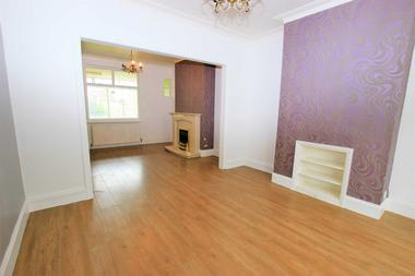 Three Double Bedroom Terraced House at Stokes Road, East Ham, E6, 3SD