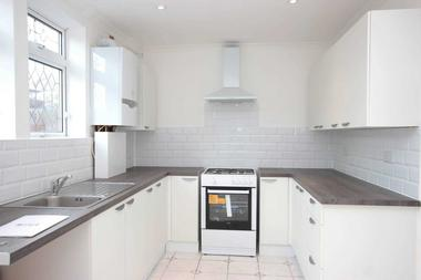 Newly Refurbished Family Home at Tine Road, Chigwell Row, 4HW