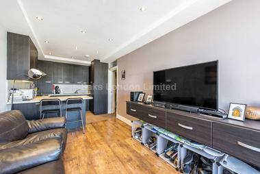 Fantastic two bedroomed apartment at RITHERDON ROAD, BALHAM, SW17, 8QD
