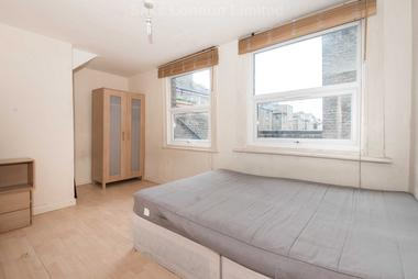 Charming two bedroom split level flat at BRIXTON ROAD, OVAL, SW9, 6BT