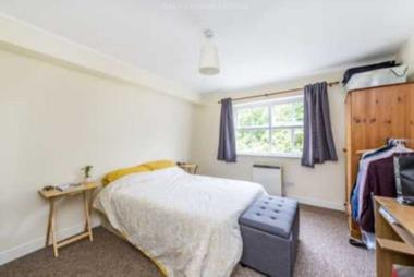 Amazing two bedroom flat at Stanley Road, Sutton, 6TB