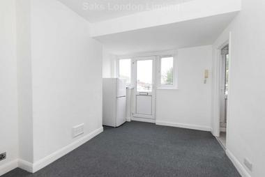 Delightful two-bedroom second floor flat at Mordern Road, Mitcham, CR4, 4DB
