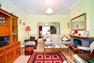 3 Bedrooms at Abercairn Road, Streatham, 5AH