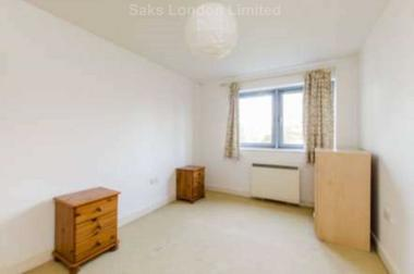 Excellent transport links at 5A Pelham Road, South Wimbledon, SW19 1SU, 1SU