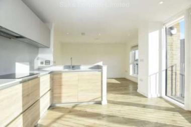 Newly refurbished property at Boundaries Road, Balham, SW12, 8BY