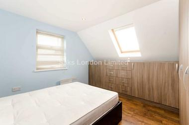 Spacious reception area at Landor Road, Clapham, SW9, 9RT