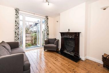 WELL PRESENTED HOUSE ARRANGED OVER TWO FLOORS at Kirkstall Gardens, London, 4HR