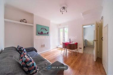 Spacious house at Kirkstall Gardens, Brixton, 4HR