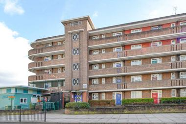 Three Double Bedrooms at Cassland Road, Hackney Wick, 5BY