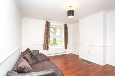 Spacious 2 Double Bedrooms (without living room) at Bishops Way, Bethnal Green, 9HT