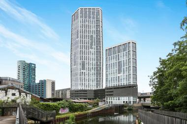 2 Double Bedrooms at Sky View Tower , High Street Stratford, 2GU