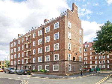 Two Double Bedrooms at Nisbet House, Homerton, 6AJ