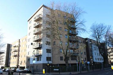 Modern one bedroom apartment at Stepney Way, Stepney, 3EZ