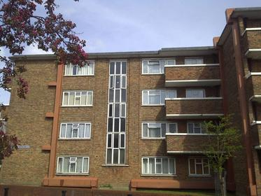 One Bedroom at Stepney Way, Stepney, 3BQ