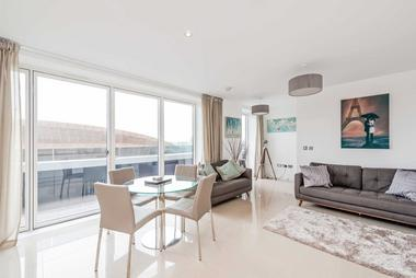 Stunning Two Bedroom Two Bathroom Apartment at Peloton Avenue, Queen Elizabeth Olympic Park, E20, 1GY