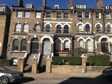 Two Double Bedrooms at North Villas, Camden, 9BJ