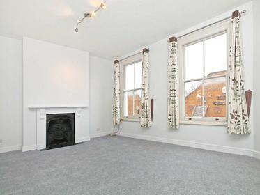 Three Double Bedrooms with no separate living room at Roman Way, Caledonian Road, Barnsbury, Islington, 8UN