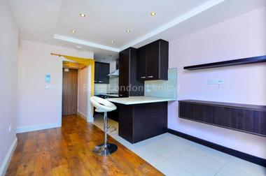 Fantastic one bedroomed apartment at RITHERDON ROAD, BALHAM, SW17, 8QD