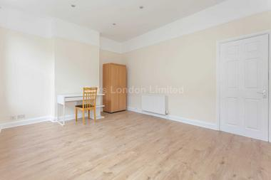 Superb two bedroom maisonette at CASTLE STREET, KINGSTON KT1, 1SS