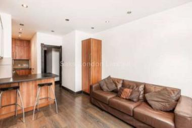 Bright reception room with ample space to dine at Ashdown Way, Tooting Bec, SW17, 7TH