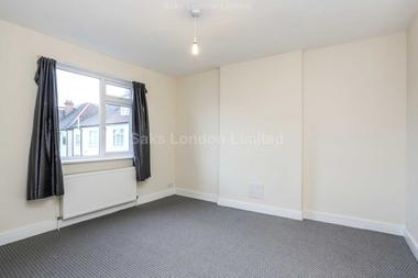 Recently refurbished at Granard Road, Clapham South, 8UL