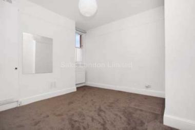 Stylish living area at Fircroft Road, Tooting Bec, 7PS