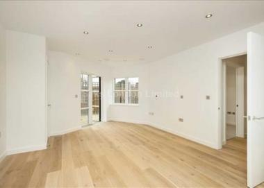 Two spacious double bedrooms at High Street, Wimbledon SW19, 7RG