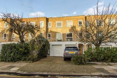 Beautiful family home in central Putney location at HOWARDS LANE PUTNEY, SW15, 6QF